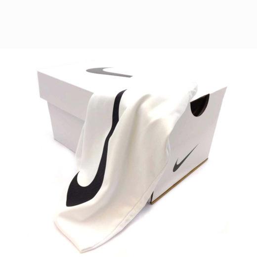 Маска Nike Mazot